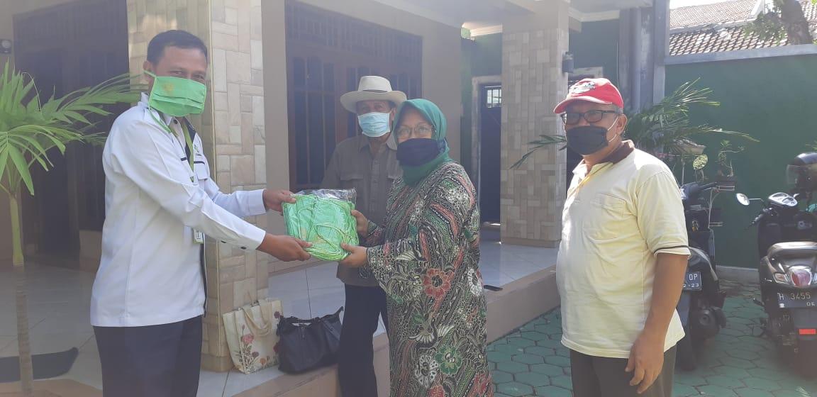 Kegiatan Penyemprotan Disinfektan Massal Tahap 4 di Wilayah Kelurahan Pedurungan Tengah